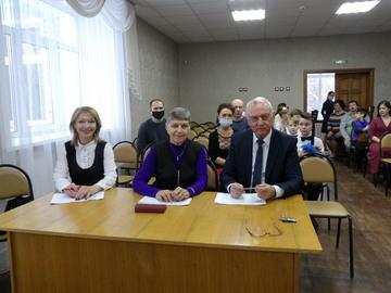 Россия крепка единством