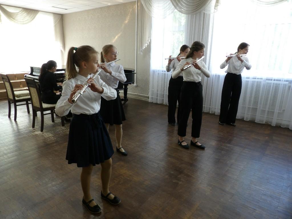 Концерт инструментальной музыки с участием учащихся Первой детской музыкальной школы по классу флейты (04.06.2021)